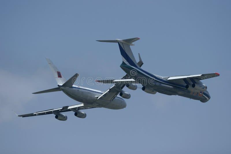 русский пар полета груза самолетов стоковые изображения rf