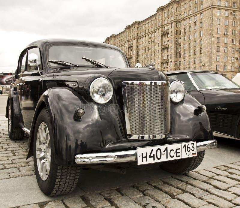 Русский ретро автомобиль Moskvich стоковое изображение rf