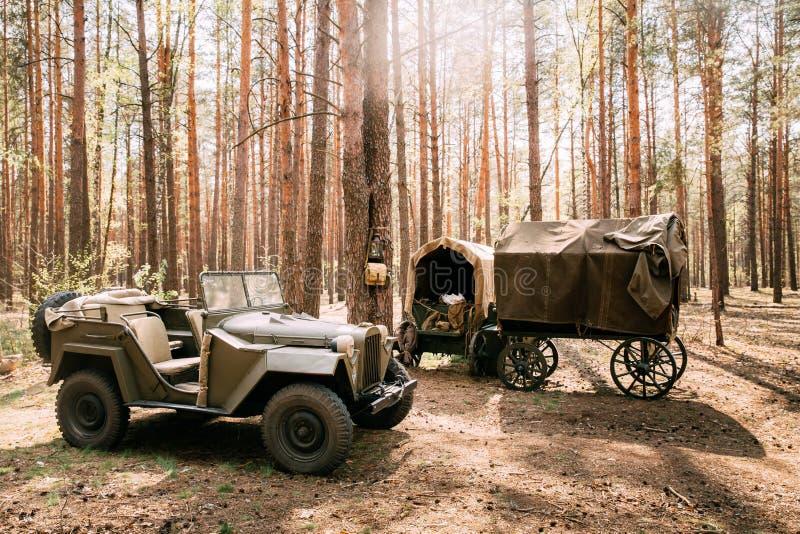 Русский советский автомобиль тележки армии Gaz-67 привода на четыре колеса Второй Мировой Войны стоковые фото