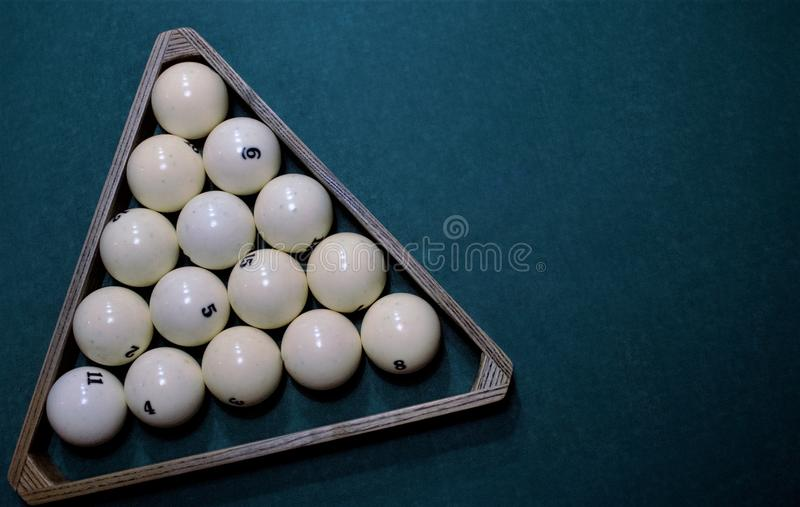 Русский треугольник шариков биллиарда стоковое изображение
