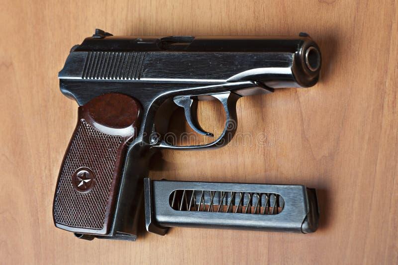 русский pm makarov личного огнестрельного оружия 9mm стоковое изображение rf
