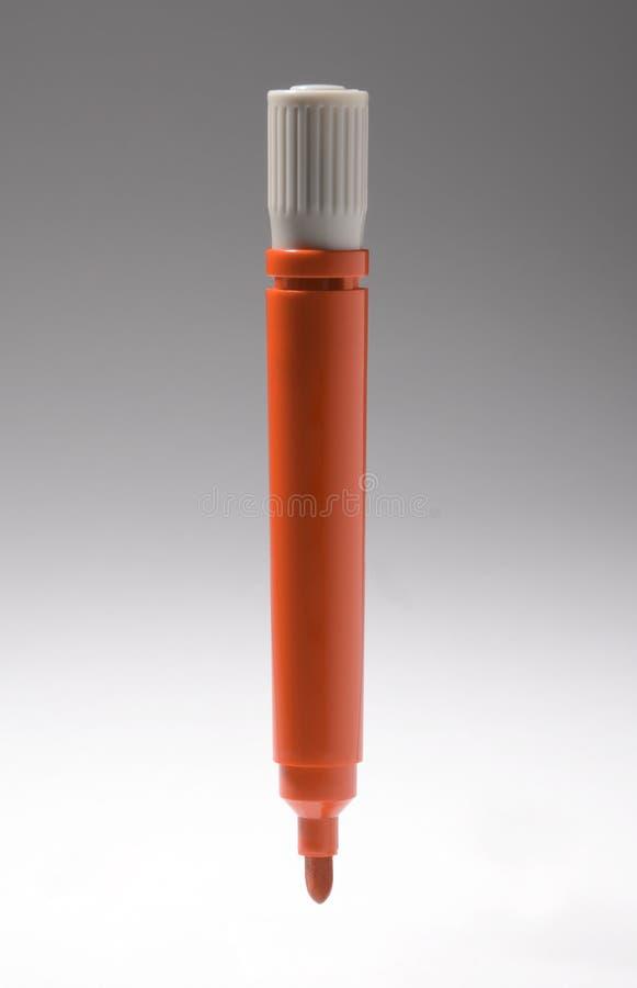 Ручка отметки белой доски красного цвета стоковое изображение