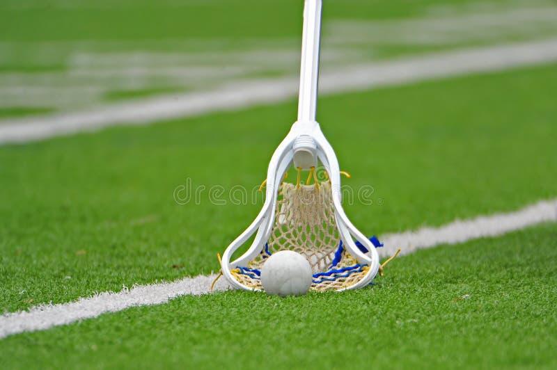 ручка lacrosse мальчиков стоковое изображение rf