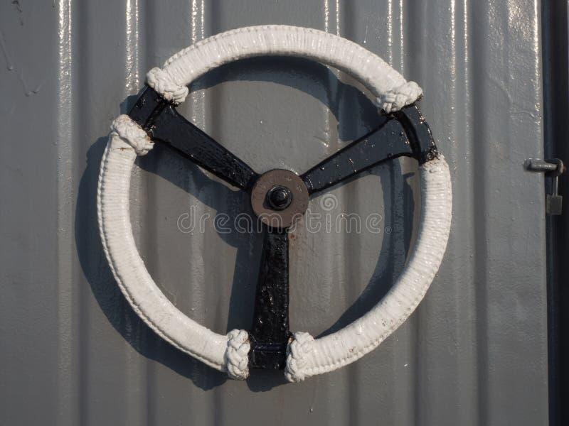 Ручки двери на линкоре стоковые изображения rf