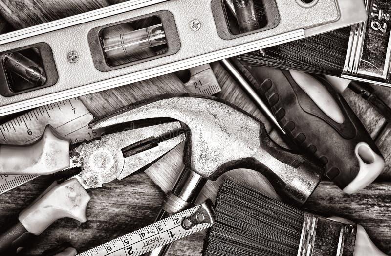 Ручные инструменты в светотеневом стоковое фото rf