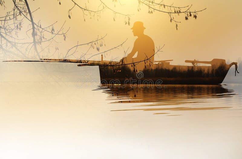Рыбак в лодке в технике двойной экспозиции стоковые изображения