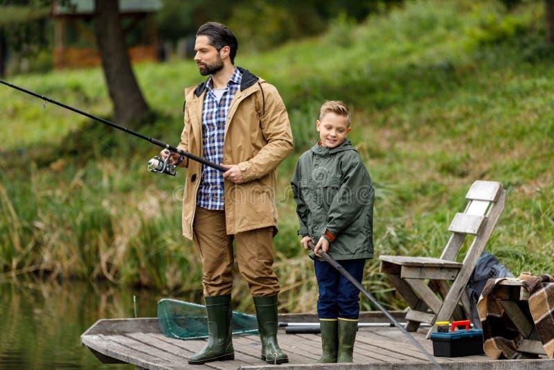 Картинки сын с отцом на рыбалке