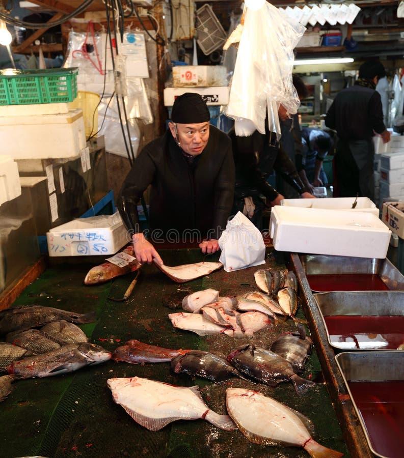 Рыбный базар Tsukiji стоковые изображения