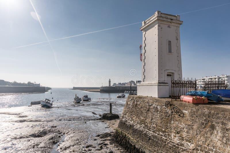 Рыбный порт Свят-Gilles Croix de Соперничать, Франции стоковое изображение