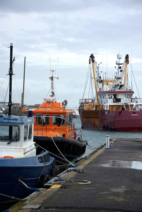 Рыболовецкое судно Bowers Сильвия Shoreham, Великобритания стоковое изображение rf