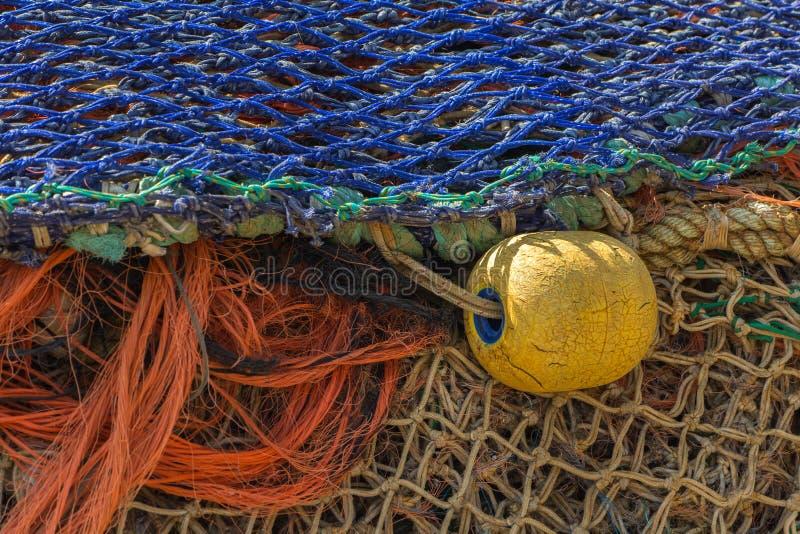 Download Рыболовные сети стоковое изображение. изображение насчитывающей угроза - 33727175
