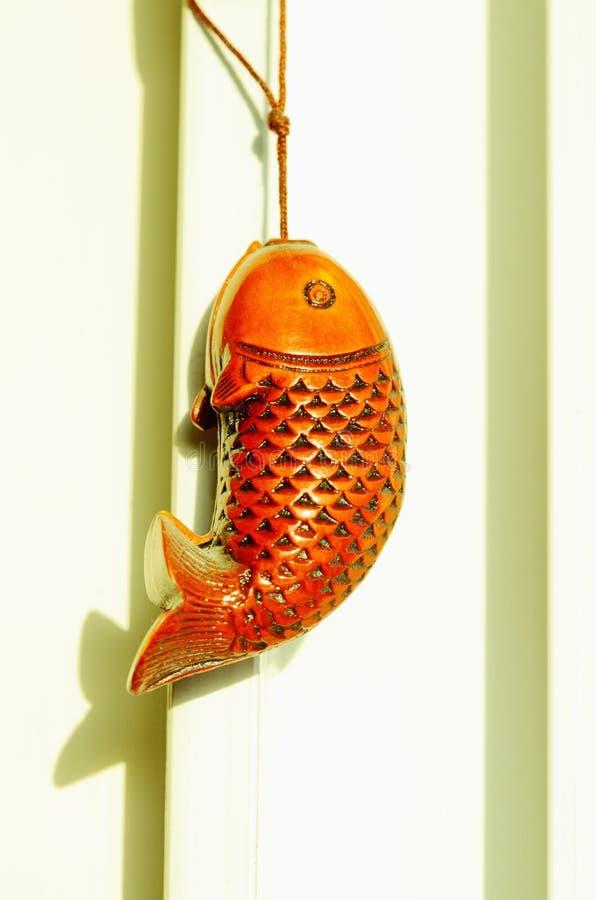 рыбы деревянные стоковое изображение