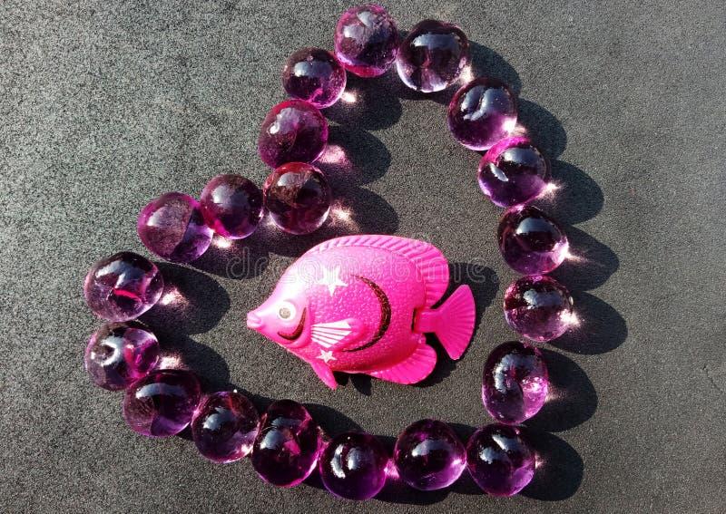 Рыбы на сердце