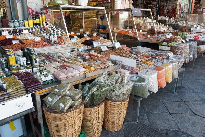 Рынки, травы, специи и гайки Афин стоковые изображения