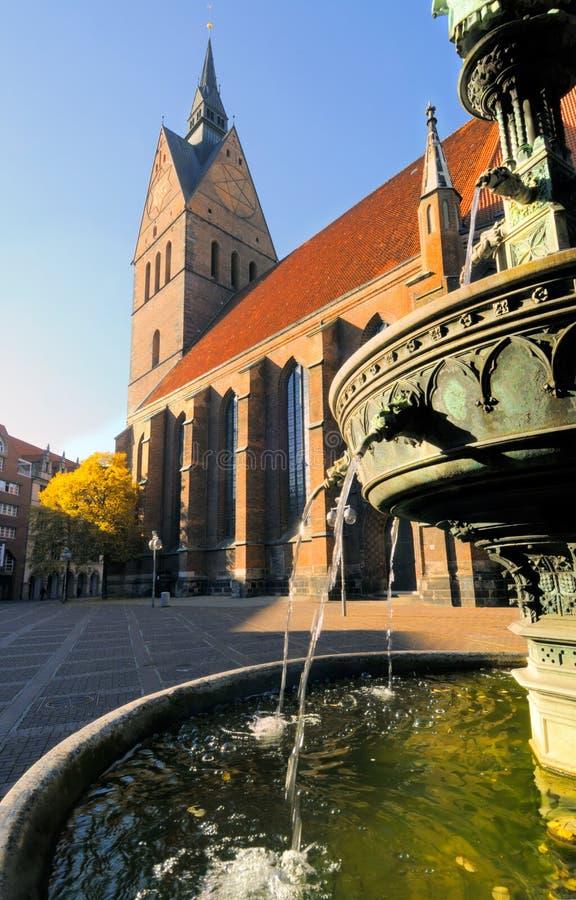 рынок Германии hannover церков стоковое изображение