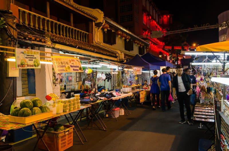 Рынок ночи в пятница, суббота и воскресенье самая лучшая часть улицы Jonker стоковые фотографии rf