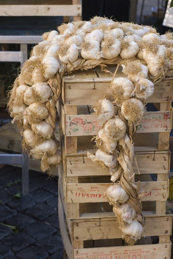 рынок чеснока стоковые фото