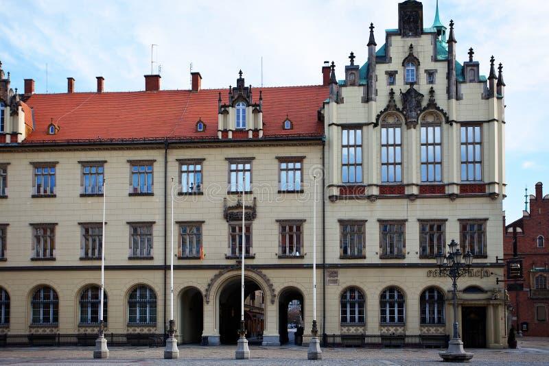 Рыночная площадь и ратуша в Wroclaw, Польше стоковые изображения
