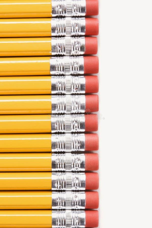 рядок карандашей стоковые фотографии rf