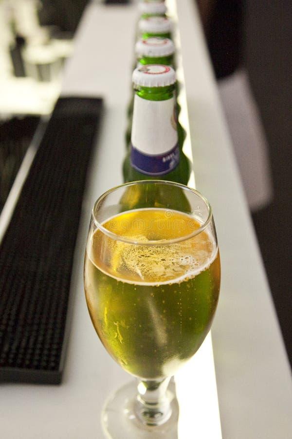 рядок пив стоковая фотография