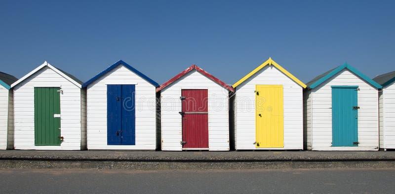 Хаты пляжа на Paignton, Девоне, Великобритании. стоковое изображение rf