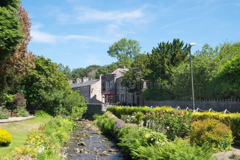 Сады деревни Waddington в Lancashire Очень довольно английская деревня стоковое фото rf