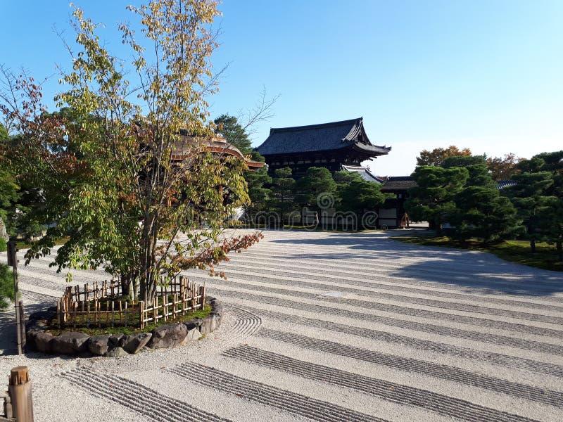Сад Дзэн в Ryoanji, Киото, Японии стоковые фото