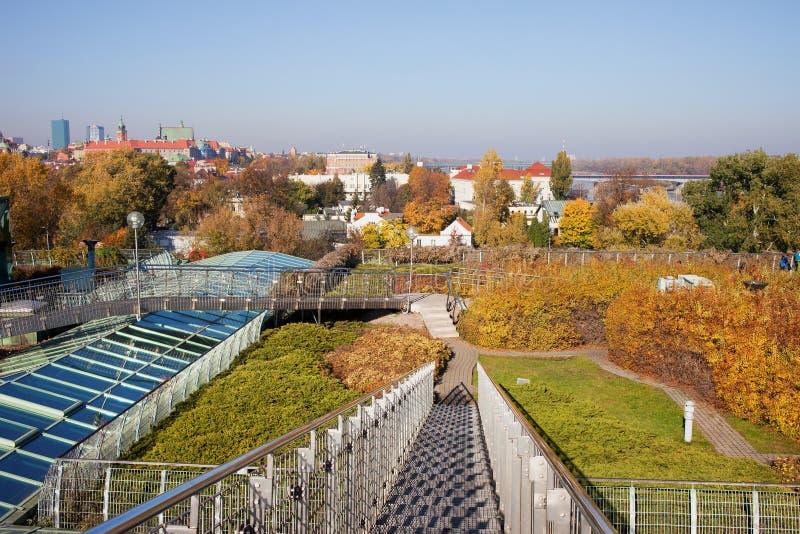 Сад крыши архива университета Варшавы стоковое изображение rf