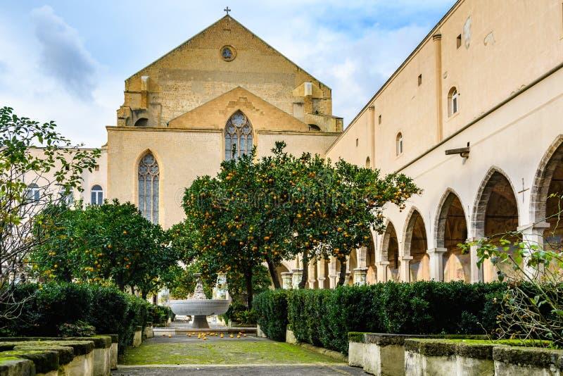 Сад монастыря Santa Clara в Неаполь, Италии стоковое изображение rf