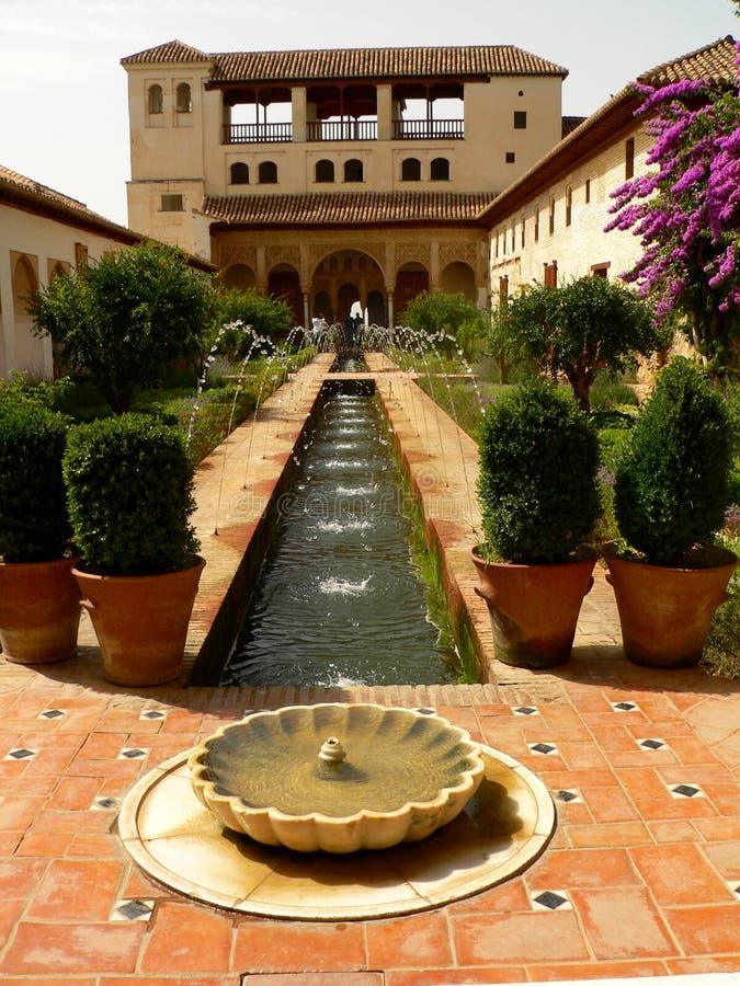 сад alhambra стоковые изображения rf