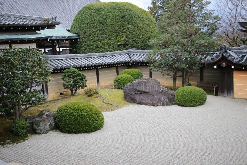 сад Autam в виске Konkai Komyoji стоковые изображения rf