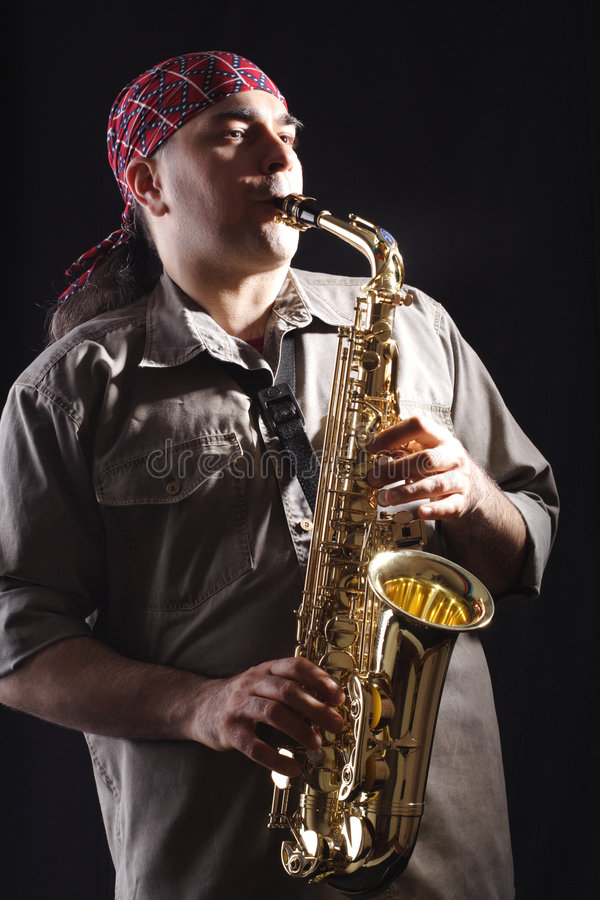 саксофон человека b стоковые фото