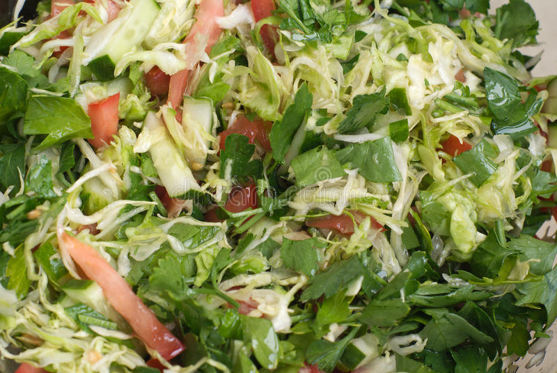 салат близкого свежего масла прованский сырцовый вверх по овощам стоковое изображение
