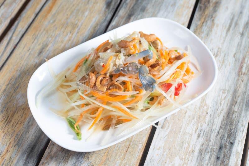Салат папапайи с раком стоковое изображение rf