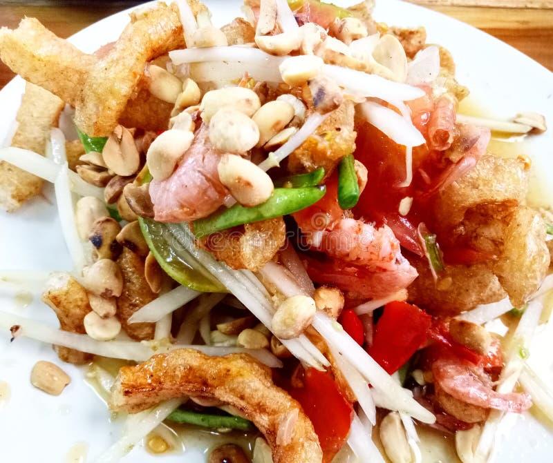 Салат папапайи тайская еда стоковое фото