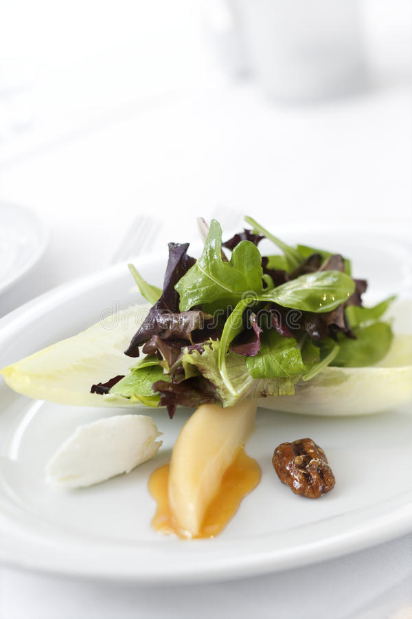 салат плиты лакомки стоковое фото rf