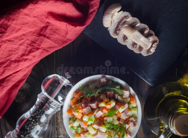Салат с champignons над взглядом стоковые фото