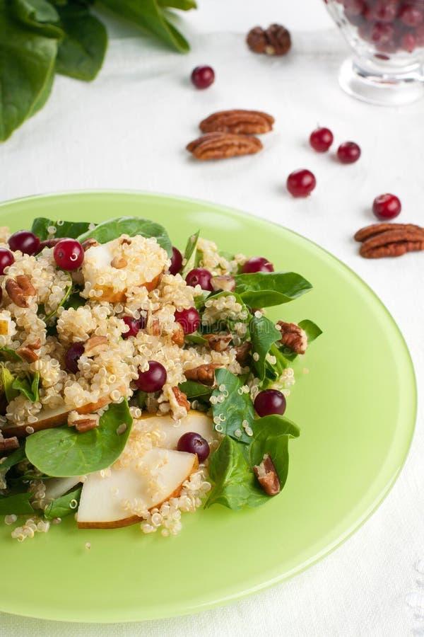 Салат quinoa груши стоковая фотография rf
