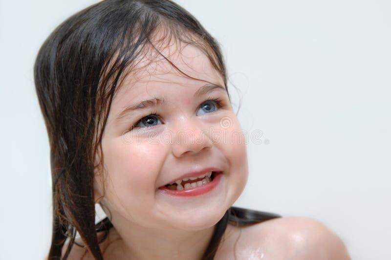 Самая большая улыбка на время ванны стоковая фотография rf