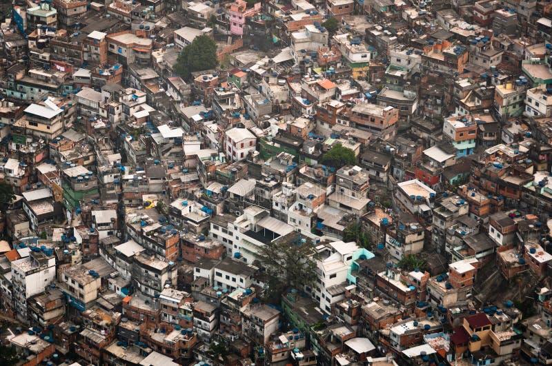 Самая большая трущоба в Южной Америке, Rocinha, Рио-де-Жанейро, Бразилии стоковое фото rf