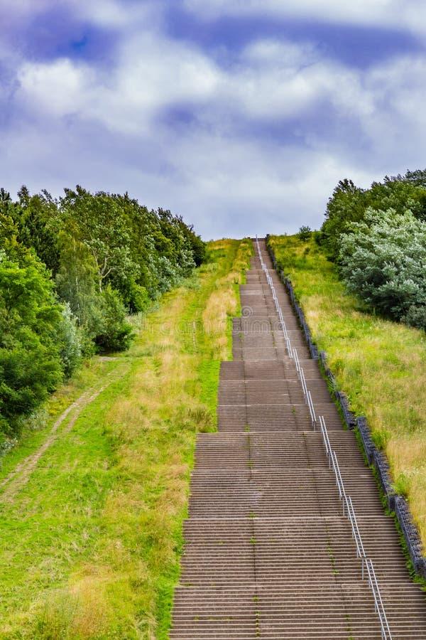 Самая длинная конкретная лестница в Нидерланд Голландии вызвала лестницы Wilhelmina стоковые изображения rf