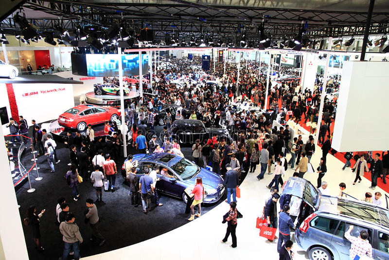 саммит выставки shanghai автомобиля 2011 автомобиля стоковое фото