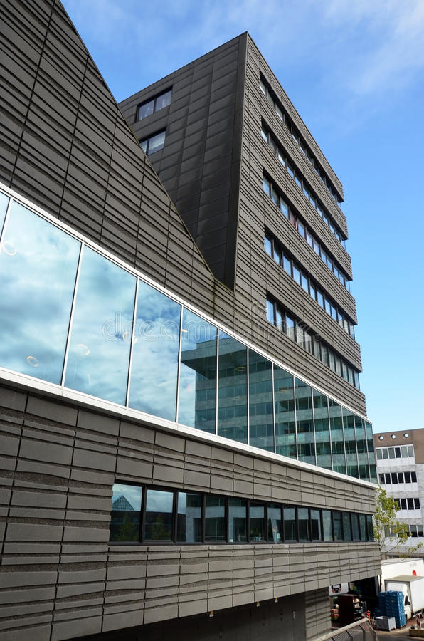 Самомоднейшее здание в Голландии стоковое изображение rf