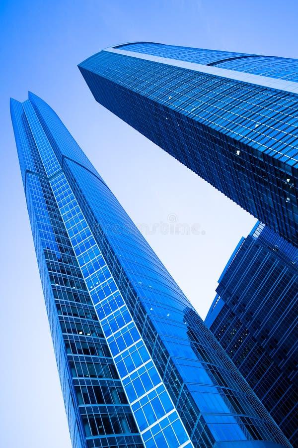 самомоднейшие башни 2 небоскребов стоковое изображение rf