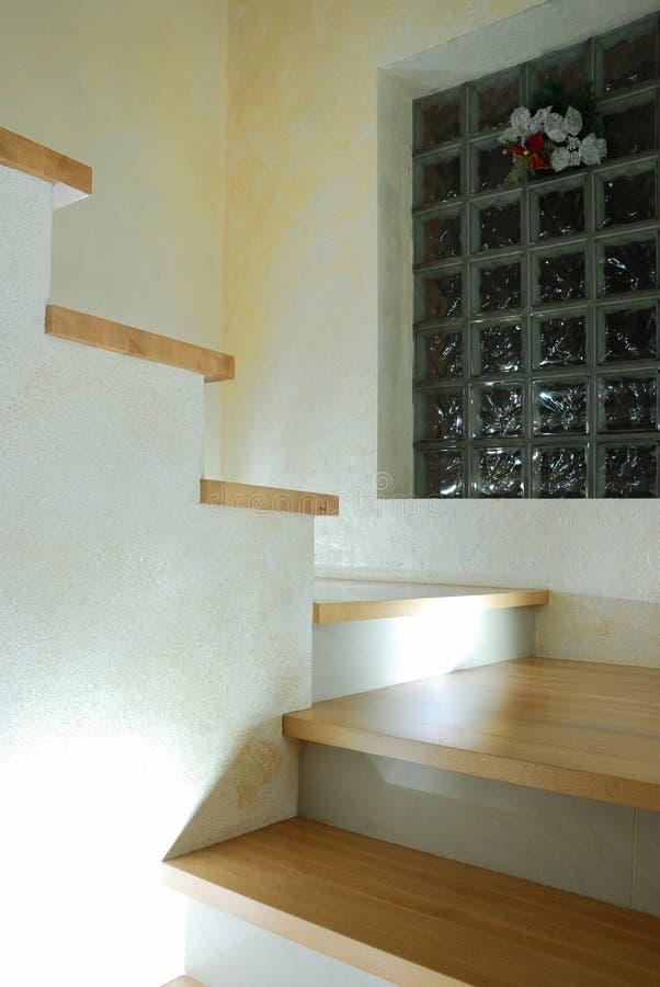 самомоднейшие лестницы стоковое изображение