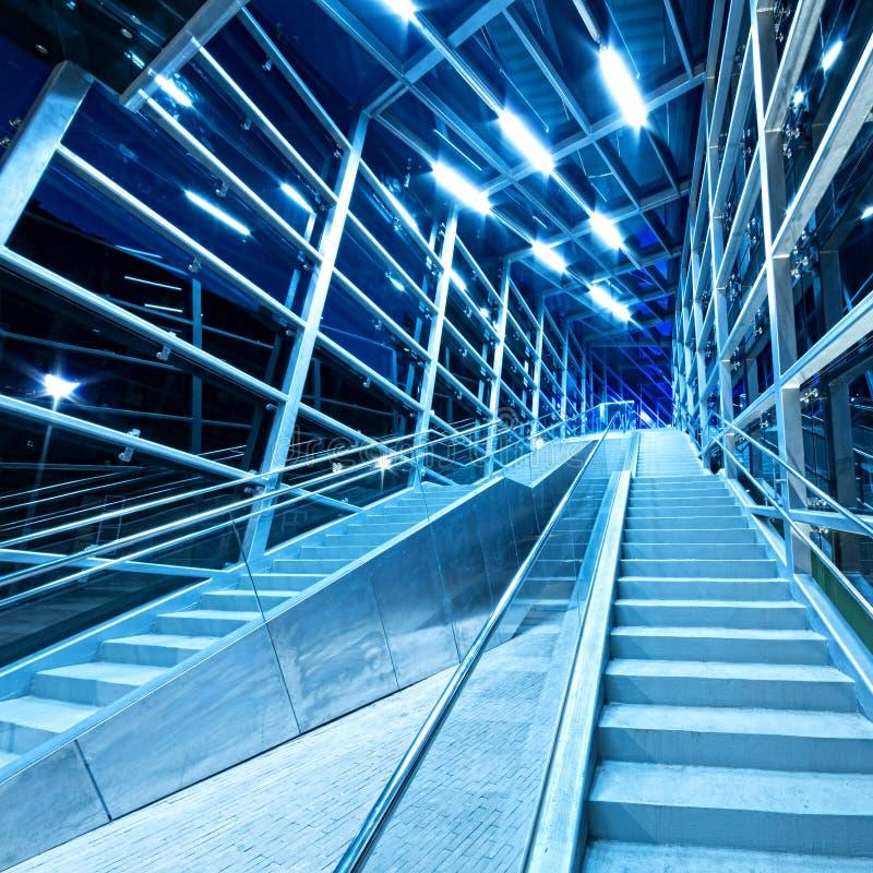 Самомоднейшие нутряные лестницы стоковое фото
