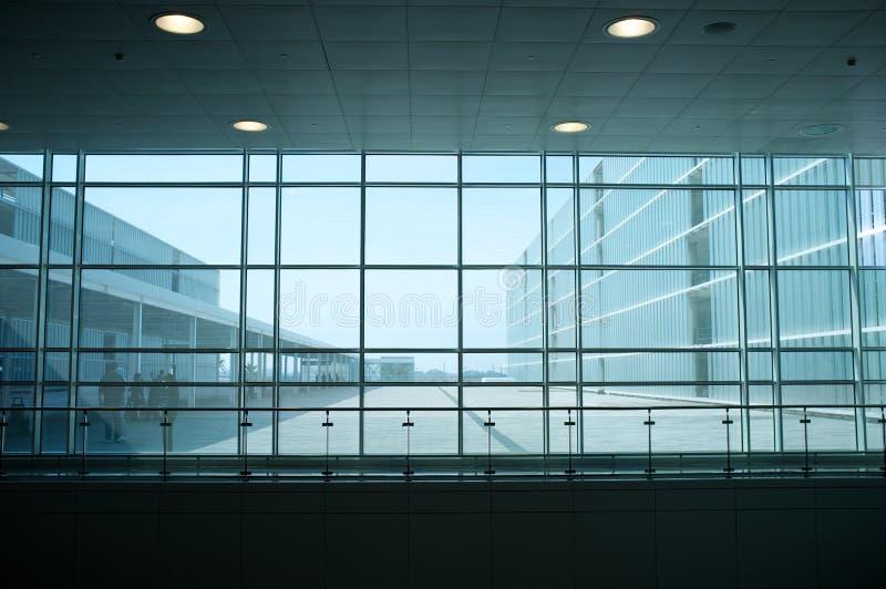 Самомоднейший интерьер здания стоковое фото rf