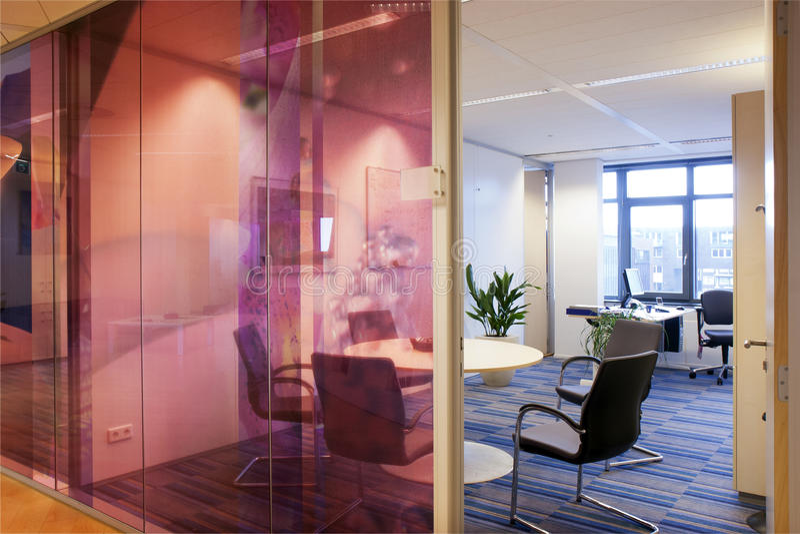 Самомоднейший интерьер офиса стоковое фото rf