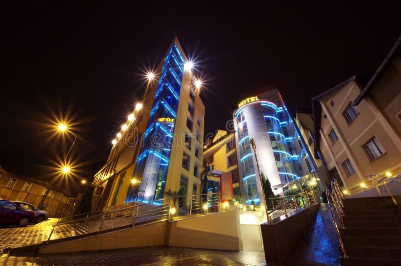 Гостиница на ноче стоковая фотография rf