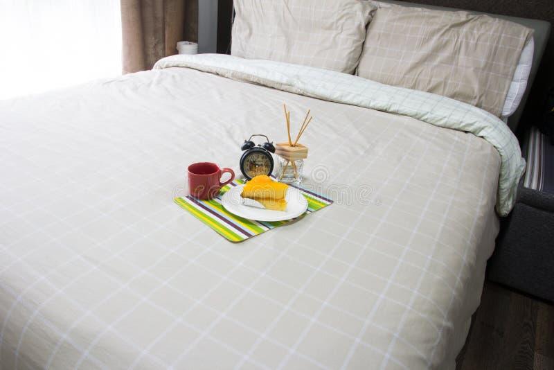 самомоднейшее спальни пустое стоковая фотография rf